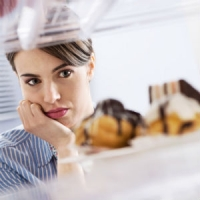 Are These 4 Bad Habits Destroying Your Willpower to Eat Healthy? ​